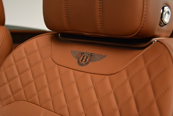 New 2018 Bentley Bentayga Signature for sale Sold at Aston Martin of Greenwich in Greenwich CT 06830 22