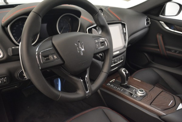 Used 2018 Maserati Ghibli S Q4 for sale $55,900 at Aston Martin of Greenwich in Greenwich CT 06830 15