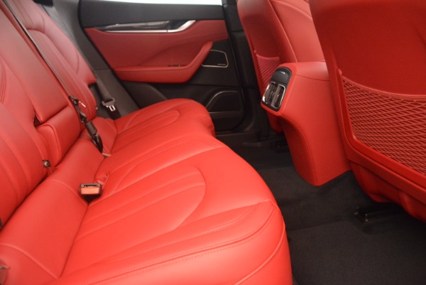 New 2018 Maserati Levante Q4 GranSport for sale Sold at Aston Martin of Greenwich in Greenwich CT 06830 25