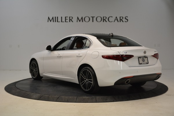 New 2018 Alfa Romeo Giulia Ti Lusso Q4 for sale Sold at Aston Martin of Greenwich in Greenwich CT 06830 5
