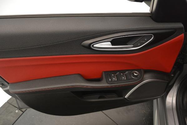 Used 2018 Alfa Romeo Giulia Q4 for sale Sold at Aston Martin of Greenwich in Greenwich CT 06830 17