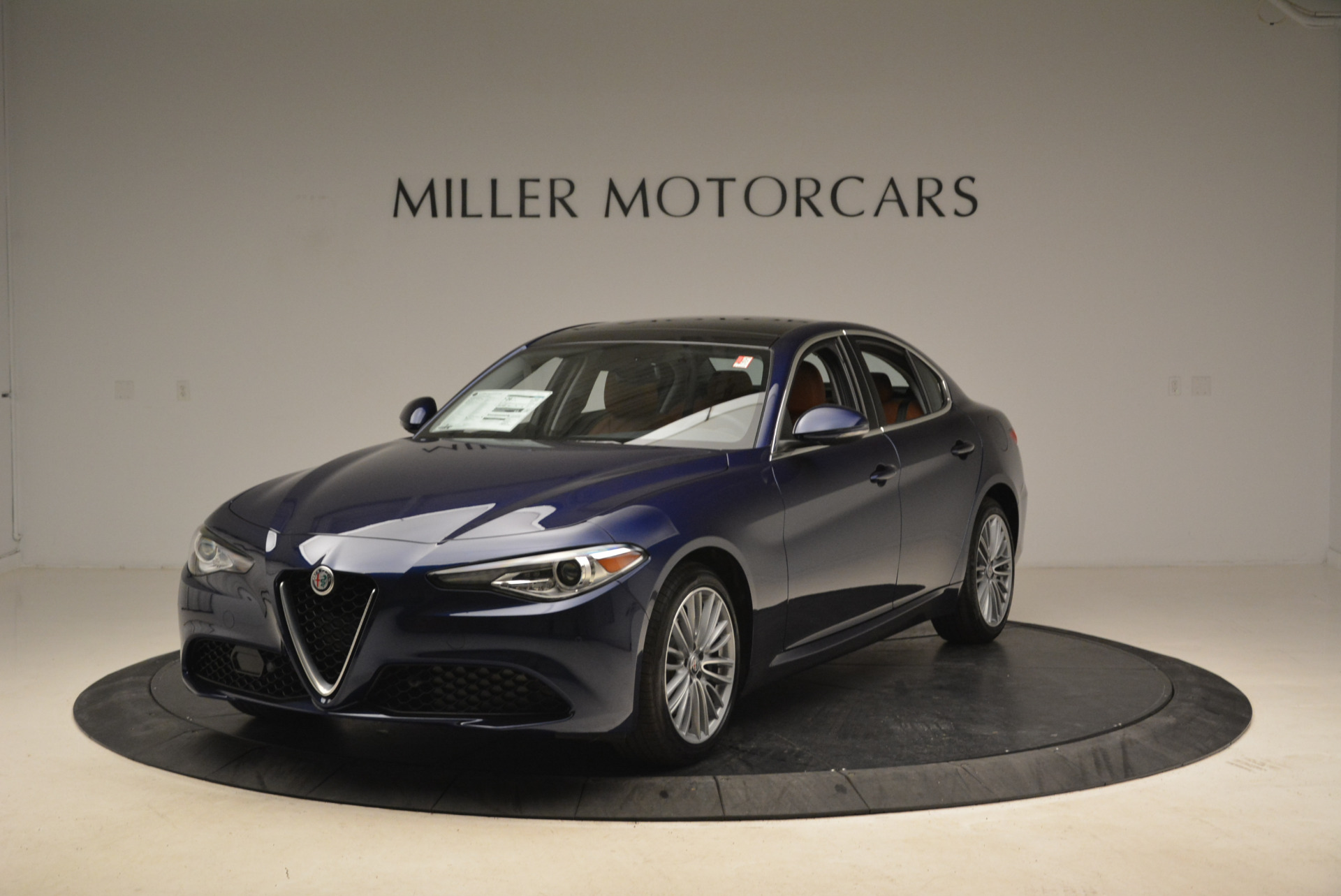 New 2018 Alfa Romeo Giulia Ti Lusso Q4 for sale Sold at Aston Martin of Greenwich in Greenwich CT 06830 1