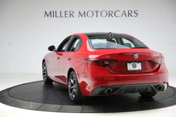 Used 2018 Alfa Romeo Giulia Ti Sport Q4 for sale $34,900 at Aston Martin of Greenwich in Greenwich CT 06830 5