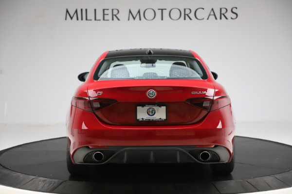 New 2018 Alfa Romeo Giulia Ti Sport Q4 for sale Sold at Aston Martin of Greenwich in Greenwich CT 06830 6