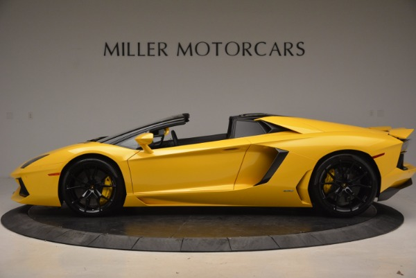 Used 2015 Lamborghini Aventador LP 700-4 Roadster for sale Sold at Aston Martin of Greenwich in Greenwich CT 06830 3
