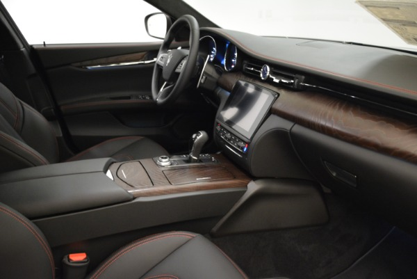 Used 2018 Maserati Quattroporte S Q4 GranLusso for sale Sold at Aston Martin of Greenwich in Greenwich CT 06830 20