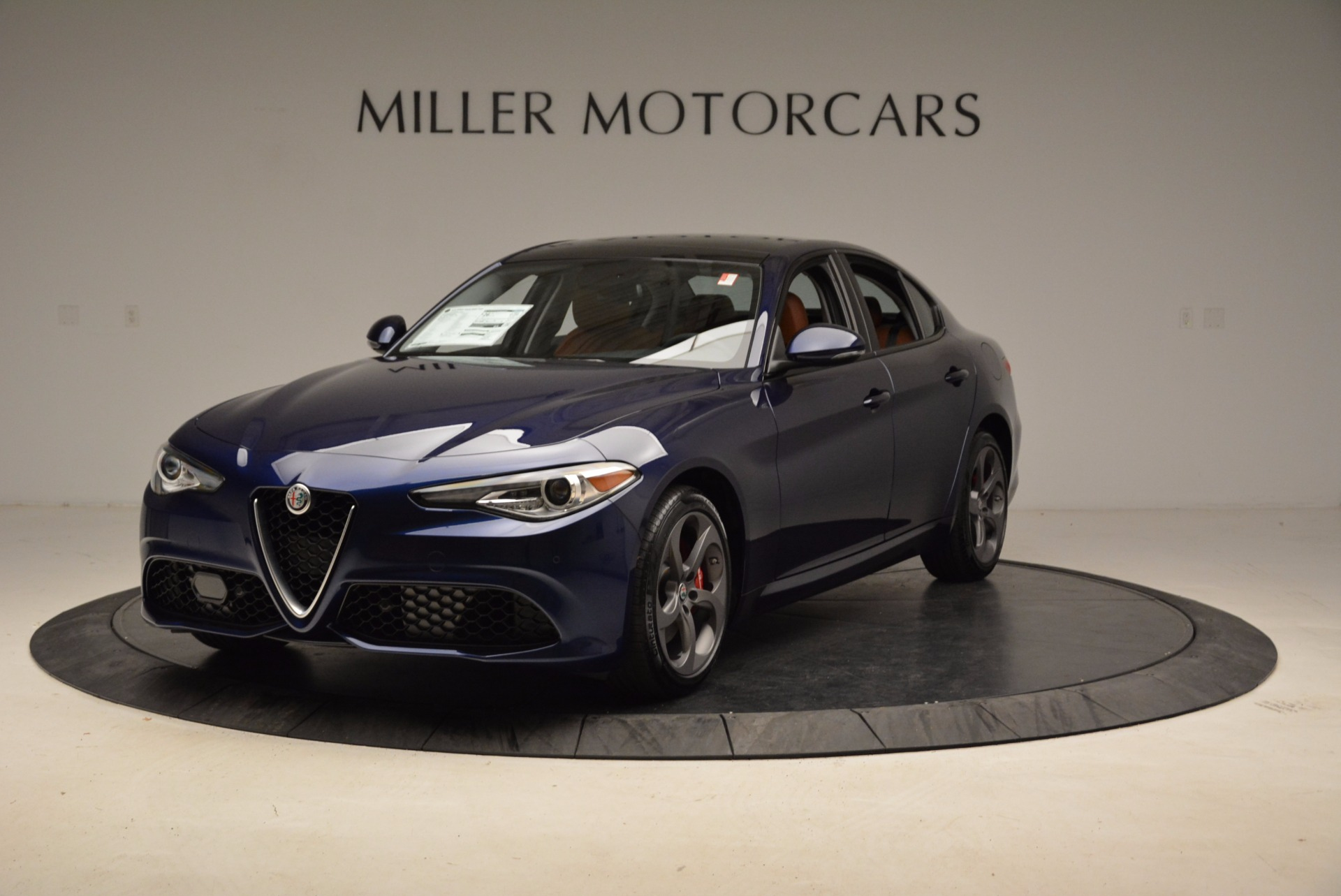 New 2018 Alfa Romeo Giulia Sport Q4 for sale Sold at Aston Martin of Greenwich in Greenwich CT 06830 1