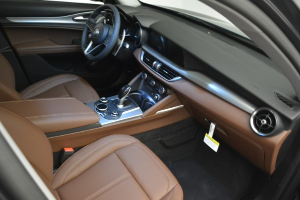 New 2018 Alfa Romeo Stelvio Sport Q4 for sale Sold at Aston Martin of Greenwich in Greenwich CT 06830 17