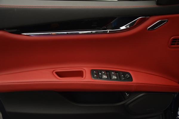 New 2016 Maserati Quattroporte S Q4  *******      DEALER'S  DEMO for sale Sold at Aston Martin of Greenwich in Greenwich CT 06830 18