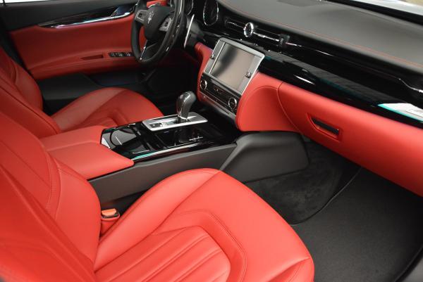 New 2016 Maserati Quattroporte S Q4  *******      DEALER'S  DEMO for sale Sold at Aston Martin of Greenwich in Greenwich CT 06830 22