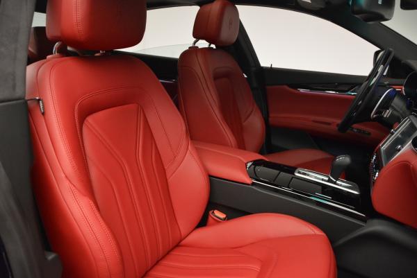 New 2016 Maserati Quattroporte S Q4  *******      DEALER'S  DEMO for sale Sold at Aston Martin of Greenwich in Greenwich CT 06830 24