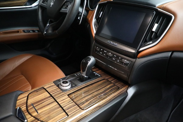 Used 2018 Maserati Ghibli S Q4 for sale Sold at Aston Martin of Greenwich in Greenwich CT 06830 25