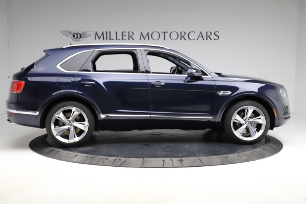 Used 2018 Bentley Bentayga W12 Signature for sale $154,900 at Aston Martin of Greenwich in Greenwich CT 06830 10