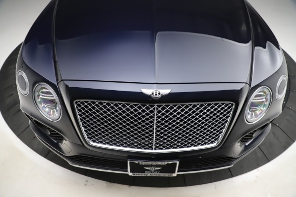 Used 2018 Bentley Bentayga W12 Signature for sale $154,900 at Aston Martin of Greenwich in Greenwich CT 06830 14