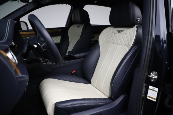 Used 2018 Bentley Bentayga W12 Signature for sale $154,900 at Aston Martin of Greenwich in Greenwich CT 06830 20