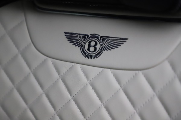 Used 2018 Bentley Bentayga W12 Signature for sale $154,900 at Aston Martin of Greenwich in Greenwich CT 06830 21