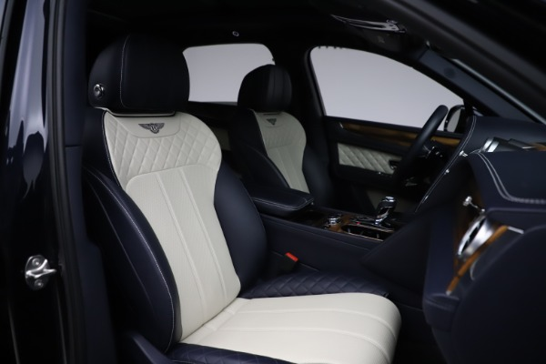 Used 2018 Bentley Bentayga W12 Signature for sale $154,900 at Aston Martin of Greenwich in Greenwich CT 06830 28