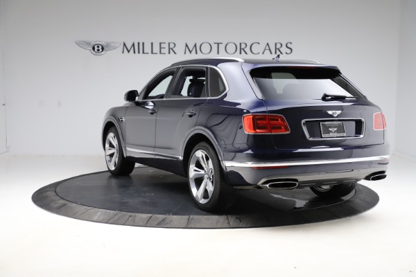 Used 2018 Bentley Bentayga W12 Signature for sale $154,900 at Aston Martin of Greenwich in Greenwich CT 06830 6