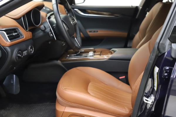 Used 2018 Maserati Ghibli S Q4 for sale $53,900 at Aston Martin of Greenwich in Greenwich CT 06830 15