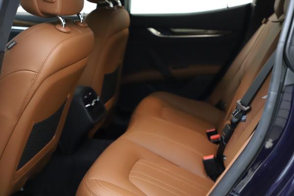 Used 2018 Maserati Ghibli S Q4 for sale $53,900 at Aston Martin of Greenwich in Greenwich CT 06830 19
