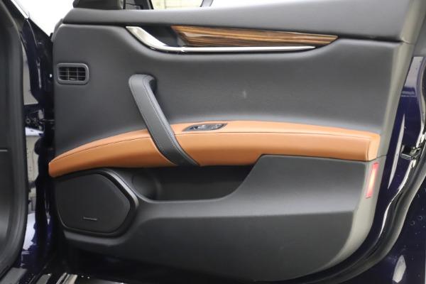 Used 2018 Maserati Ghibli S Q4 for sale $53,900 at Aston Martin of Greenwich in Greenwich CT 06830 25