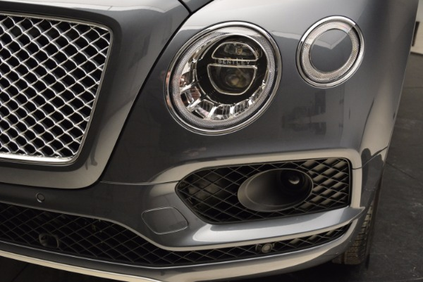 Used 2018 Bentley Bentayga W12 Signature for sale Sold at Aston Martin of Greenwich in Greenwich CT 06830 14