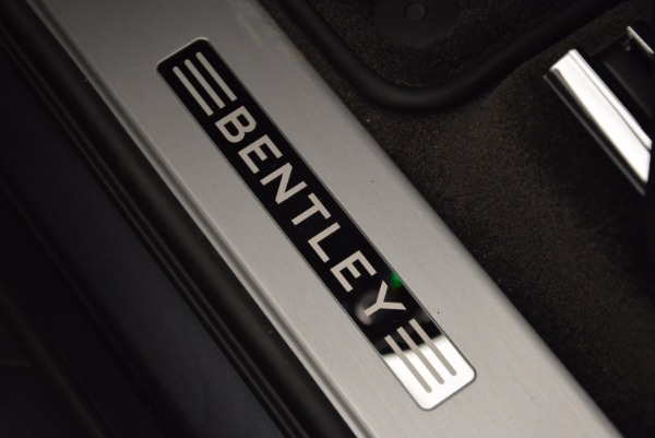 Used 2018 Bentley Bentayga W12 Signature for sale Sold at Aston Martin of Greenwich in Greenwich CT 06830 26