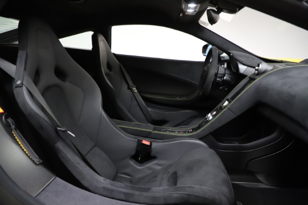 Used 2016 McLaren 675LT for sale $225,900 at Aston Martin of Greenwich in Greenwich CT 06830 22