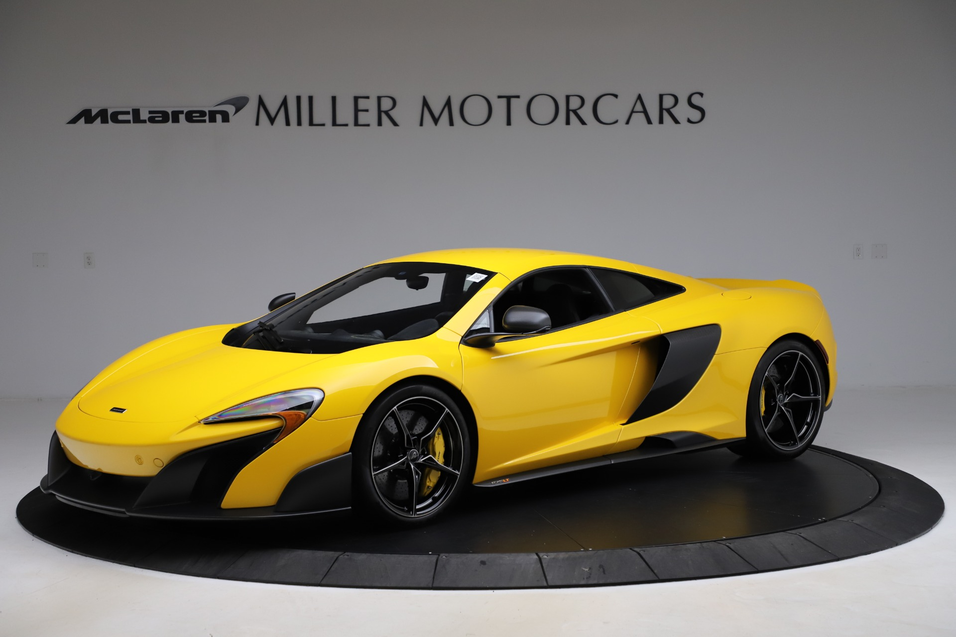 Used 2016 McLaren 675LT Coupe for sale $225,900 at Aston Martin of Greenwich in Greenwich CT 06830 1