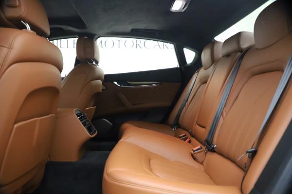 Used 2018 Maserati Quattroporte S Q4 GranLusso for sale $65,900 at Aston Martin of Greenwich in Greenwich CT 06830 19