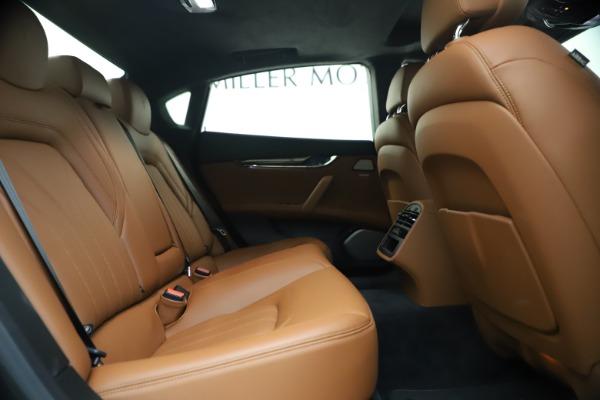 Used 2018 Maserati Quattroporte S Q4 GranLusso for sale $65,900 at Aston Martin of Greenwich in Greenwich CT 06830 25