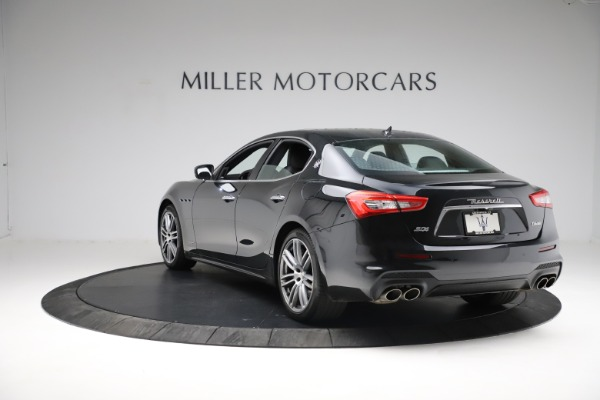 Used 2018 Maserati Ghibli S Q4 Gransport for sale $55,900 at Aston Martin of Greenwich in Greenwich CT 06830 6