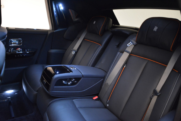 Used 2018 Rolls-Royce Phantom for sale Sold at Aston Martin of Greenwich in Greenwich CT 06830 17