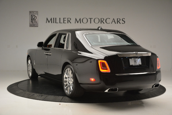 Used 2018 Rolls-Royce Phantom for sale Sold at Aston Martin of Greenwich in Greenwich CT 06830 5