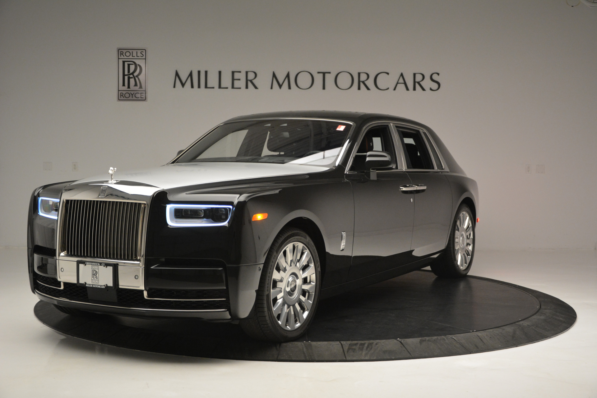 Used 2018 Rolls-Royce Phantom for sale Sold at Aston Martin of Greenwich in Greenwich CT 06830 1