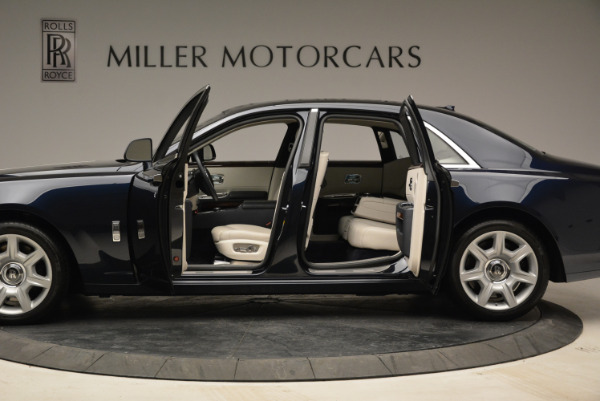 Used 2015 Rolls-Royce Ghost for sale $159,900 at Aston Martin of Greenwich in Greenwich CT 06830 17
