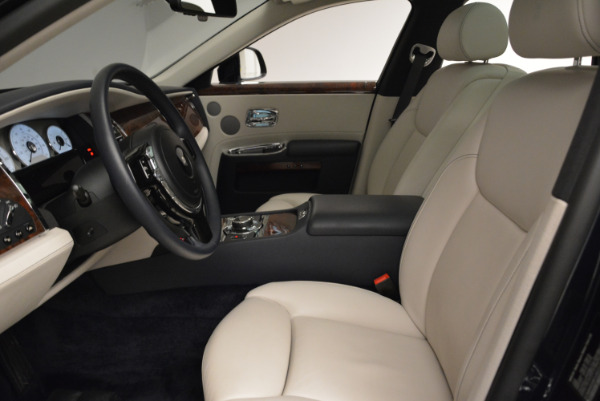 Used 2015 Rolls-Royce Ghost for sale $159,900 at Aston Martin of Greenwich in Greenwich CT 06830 20