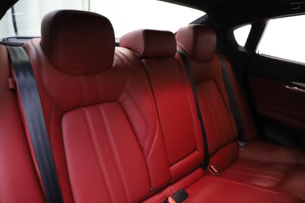 Used 2018 Maserati Quattroporte S Q4 GranSport for sale $67,900 at Aston Martin of Greenwich in Greenwich CT 06830 26