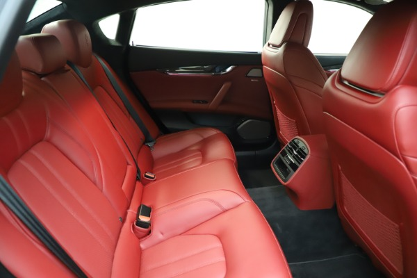 Used 2018 Maserati Quattroporte S Q4 GranSport for sale $67,900 at Aston Martin of Greenwich in Greenwich CT 06830 27