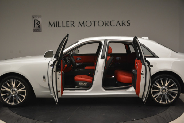 New 2018 Rolls-Royce Ghost for sale Sold at Aston Martin of Greenwich in Greenwich CT 06830 15