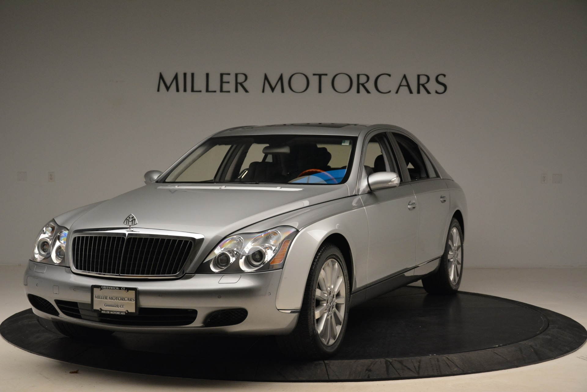 Used 2004 Maybach 57 for sale Sold at Aston Martin of Greenwich in Greenwich CT 06830 1