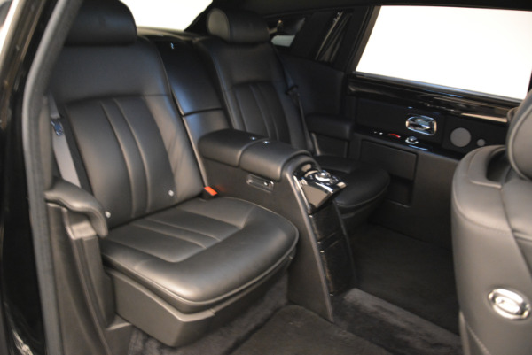 Used 2014 Rolls-Royce Phantom EWB for sale Sold at Aston Martin of Greenwich in Greenwich CT 06830 14