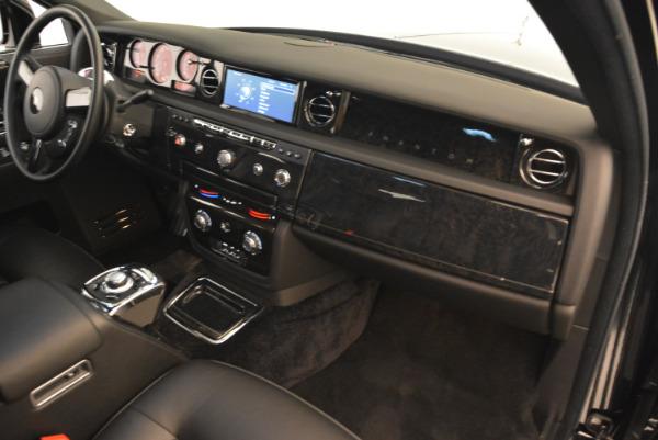 Used 2014 Rolls-Royce Phantom EWB for sale Sold at Aston Martin of Greenwich in Greenwich CT 06830 25