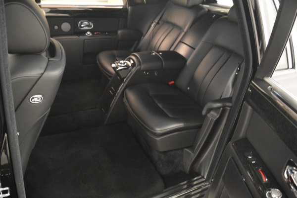 Used 2014 Rolls-Royce Phantom EWB for sale Sold at Aston Martin of Greenwich in Greenwich CT 06830 28