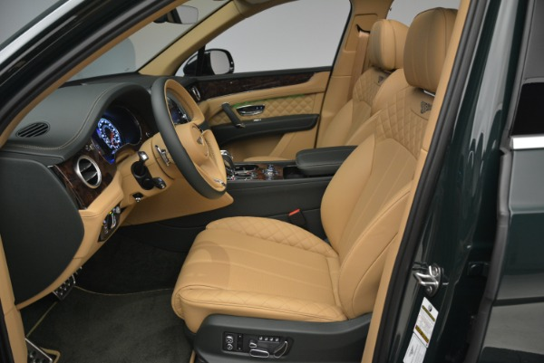 New 2018 Bentley Bentayga Signature for sale Sold at Aston Martin of Greenwich in Greenwich CT 06830 25