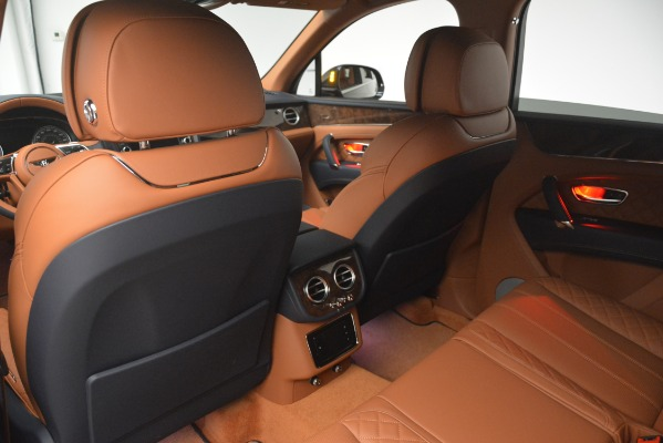 Used 2018 Bentley Bentayga Signature for sale Sold at Aston Martin of Greenwich in Greenwich CT 06830 22
