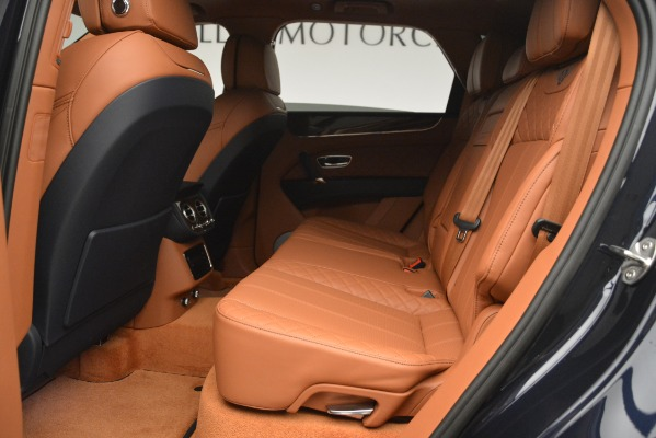 Used 2018 Bentley Bentayga Signature for sale Sold at Aston Martin of Greenwich in Greenwich CT 06830 23