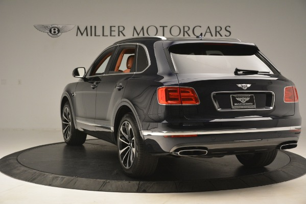 Used 2018 Bentley Bentayga Signature for sale Sold at Aston Martin of Greenwich in Greenwich CT 06830 6