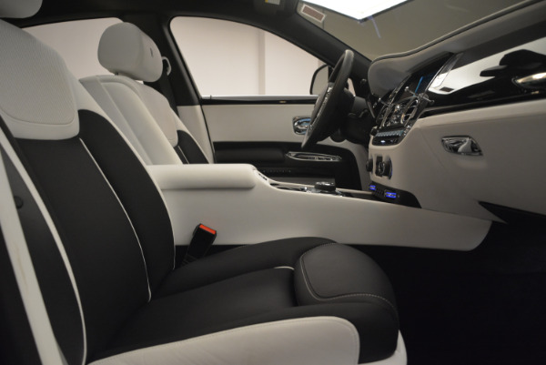 Used 2017 Rolls-Royce Ghost Black Badge for sale Sold at Aston Martin of Greenwich in Greenwich CT 06830 28