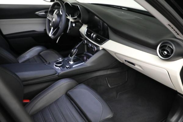 Used 2018 Alfa Romeo Giulia Ti Sport Q4 for sale $34,900 at Aston Martin of Greenwich in Greenwich CT 06830 17